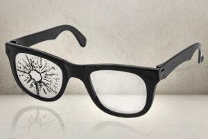 sjove briller med skudhul-0