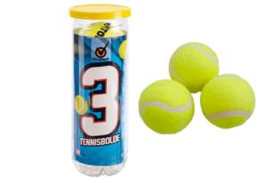 Her ser du 3 tennisbolde i plastrør